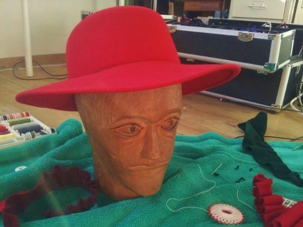 Dieser Hut ist schon anfangs sehr hübsch, doch es geht noch besser