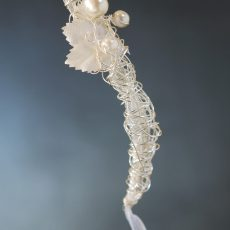 Bracelet White Leaf Tendril