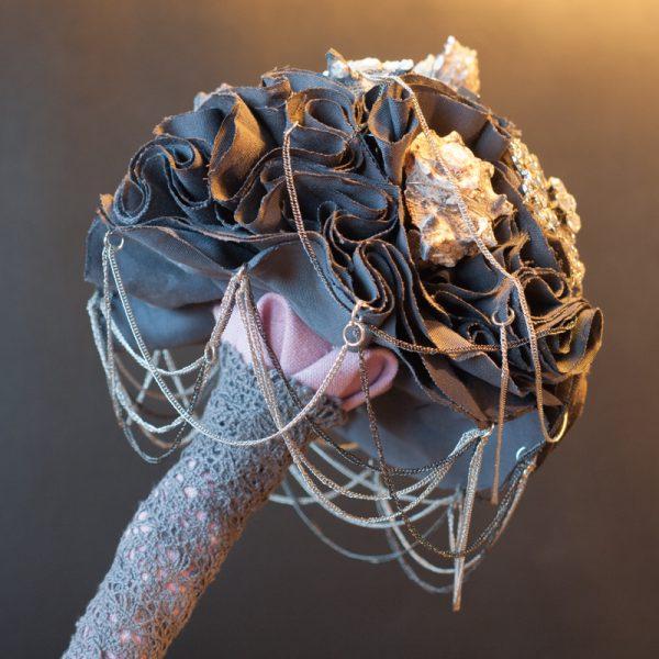 Unterseite dunkelviolettes Bouquet