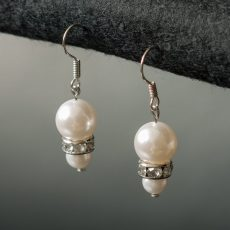 Pearl earrings with rhinestones