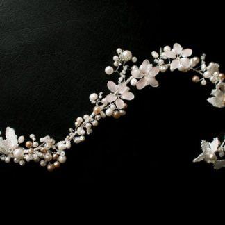 """Hochzeit Haarband """"White Boho"""" Frisur"""
