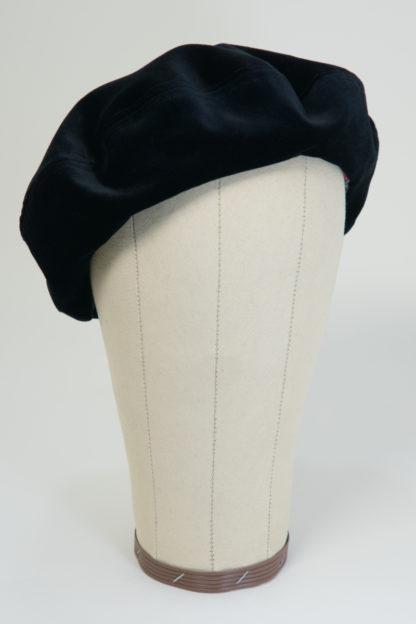 Baskenmütze aus schwarzem Samt